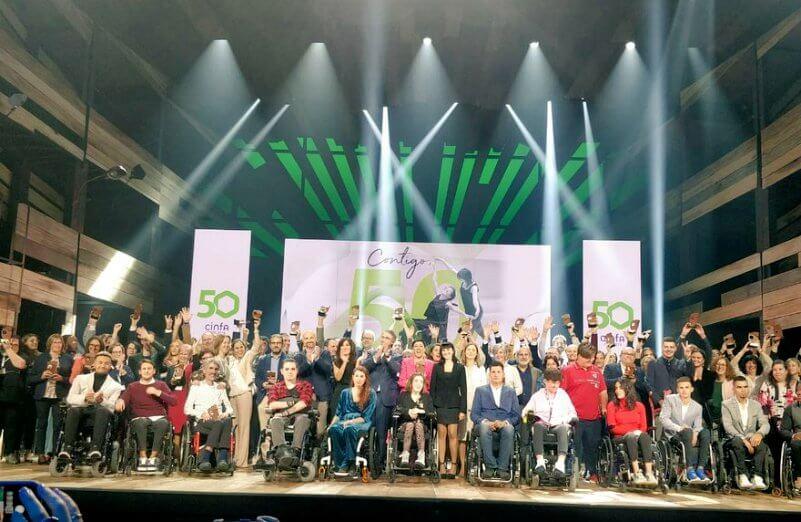 """La AESWH en la Gala """"Cinfa: Contigo, 50 y más"""""""