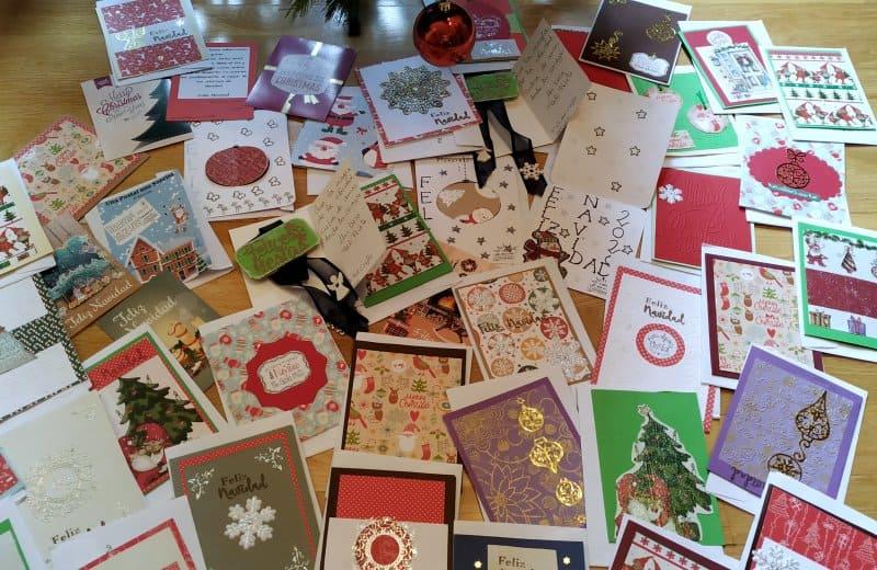 Postales navideñas para las familias de la AESWH