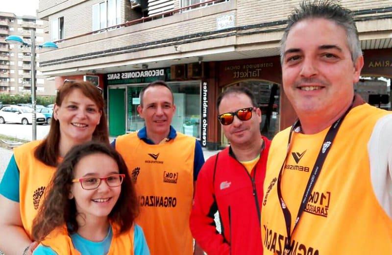 Voluntarios en la 10k Zaragoza